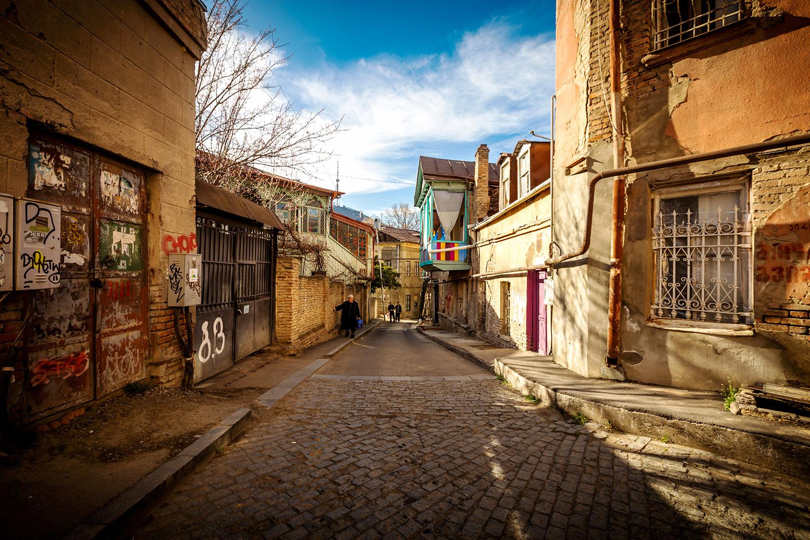 old-city-tiflis-sokaklari