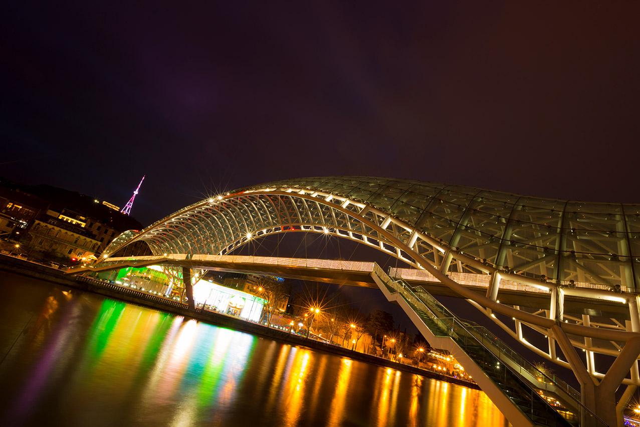 the-bridge-of-peace_0